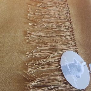 Accessories - New Alpaca scarf / wrap